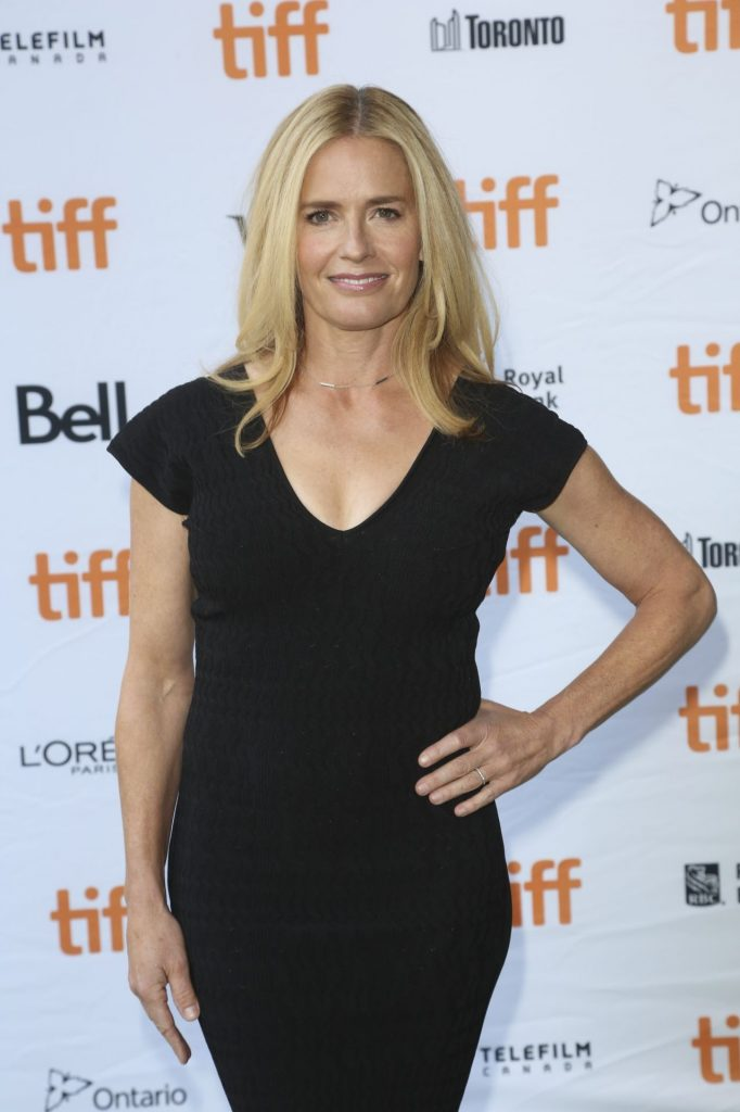 Net worth of Elisabeth Shue