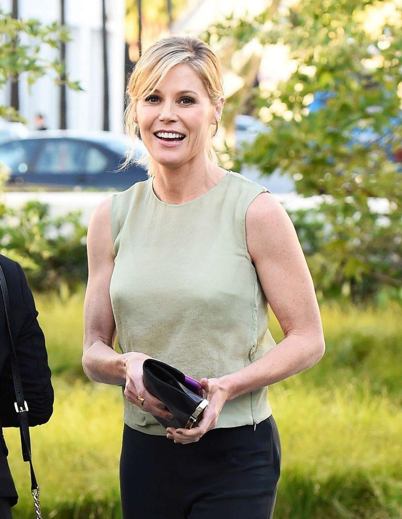 Net Worth of Julie Bowen