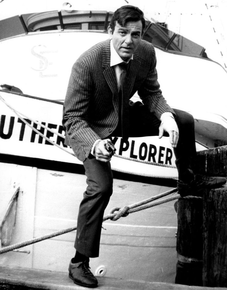 Net Worth of Mike Connors